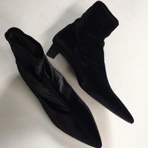 Like new Zara booties